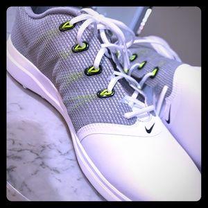 Nike women's golf tennis shoes